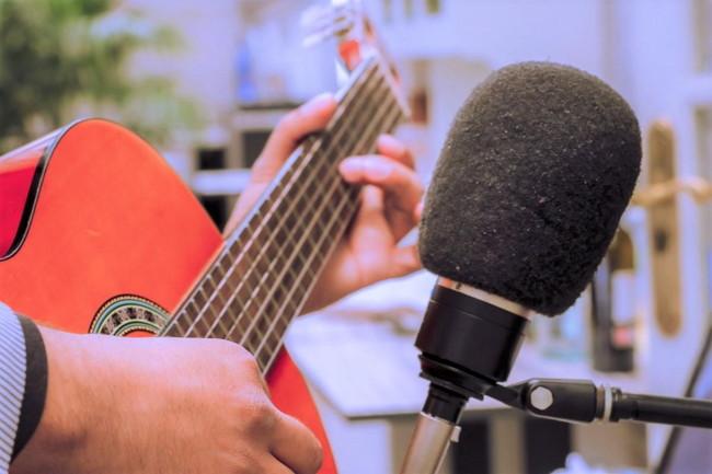 クラシックギター弾き語りをマスターする方法と注意点