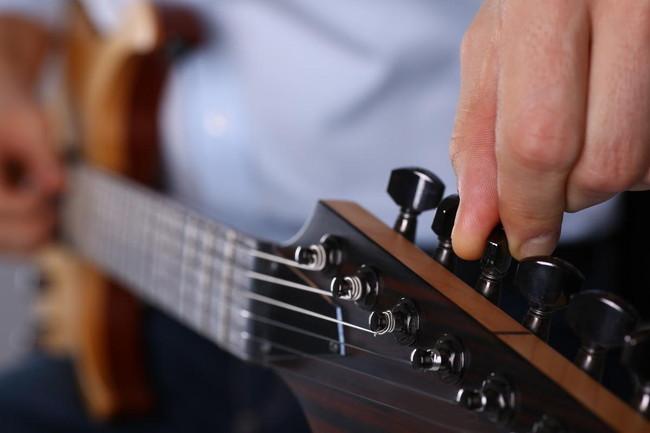 ギターのチューニングの種類と必要な道具まとめ