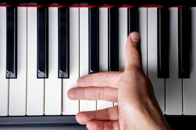 ピアノのグリッサンド奏法の基本的なやり方をわかりやすく解説