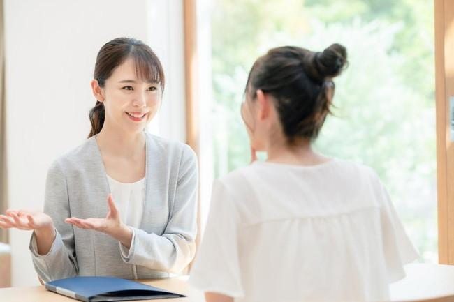 上品な話し方とは?その特徴や習得のコツを解説