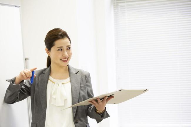 話し方に抑揚をつける方法や習得するメリットを解説